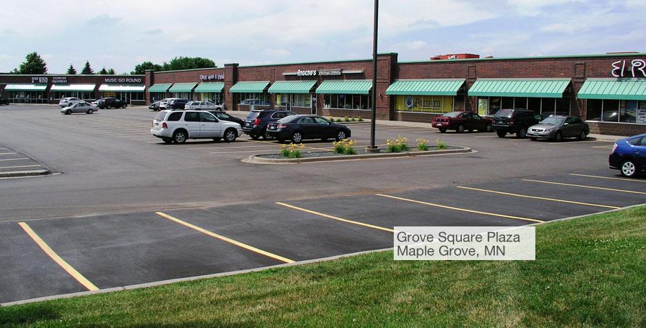 Commercial Realty Advisors Llc Grove Square Plaza Maple